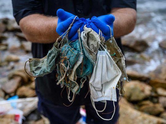 plastic mask pollution covid