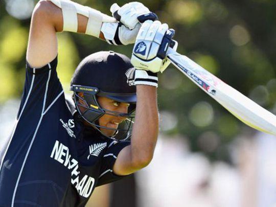 Cricket-Ravindra