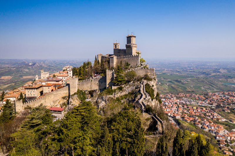 San Marino 7-1621519338950