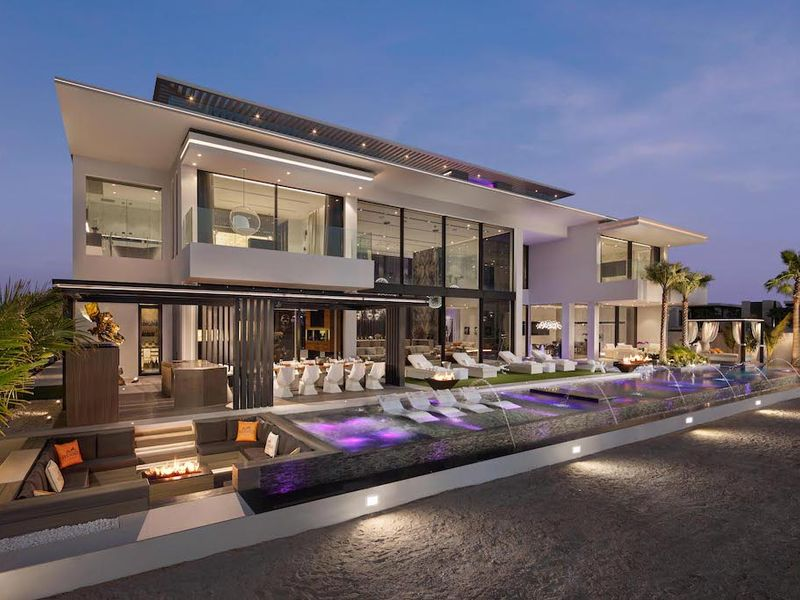 Stock - Palm Villa