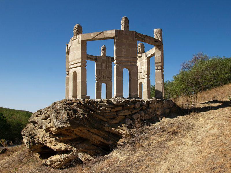 moldova_monument