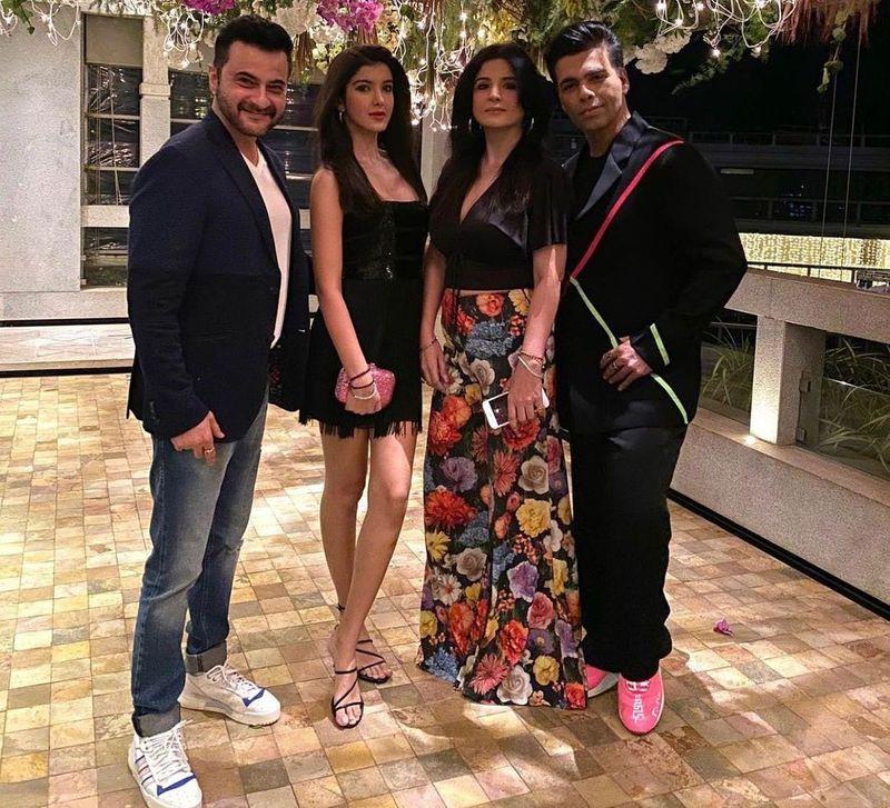 Sanjay Kapoor, Shanaya Kapoor, Maheep Kapoor and Karan Johar