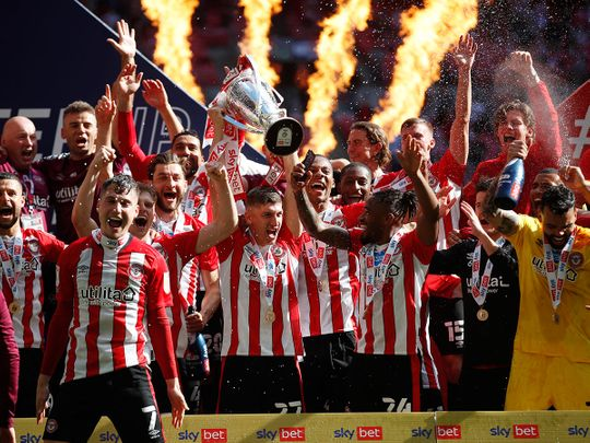 Brentford celebrate their play-off victory over Swansea