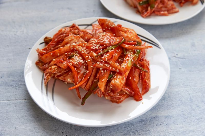 Step-by-step guide to making kimchi