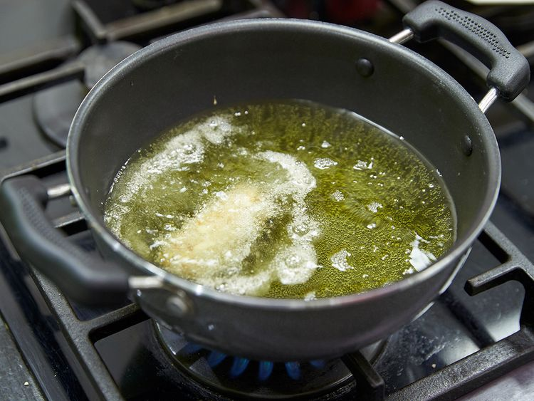 Slide kabab in hot oil