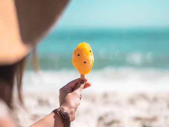 summer-ice-cream-beach-pexels