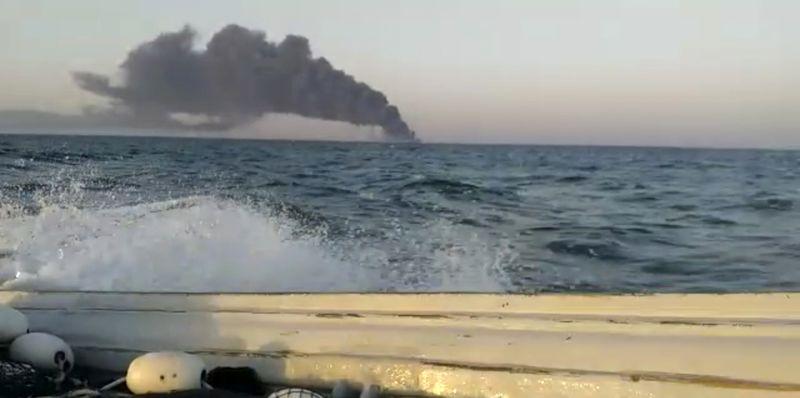 Copy of Iran_Navy_Fire_49890.jpg-166dc-1622623016166