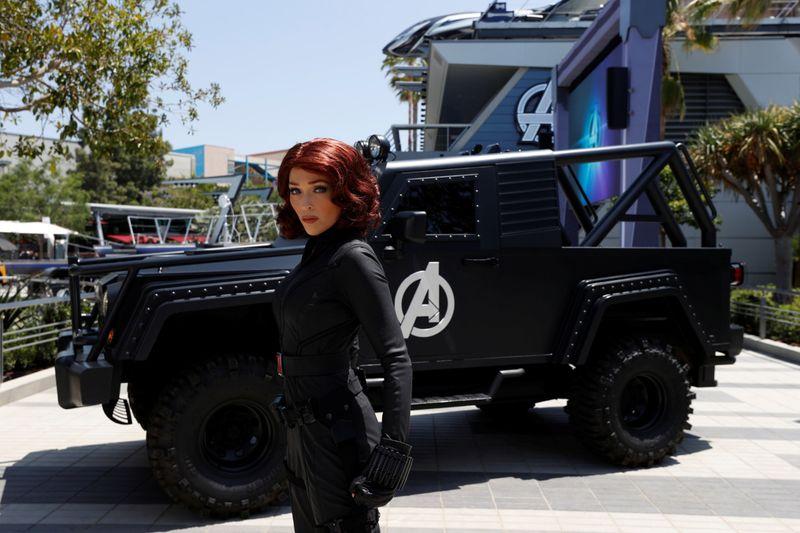 Disney Parks Avengers 3-1622698868927