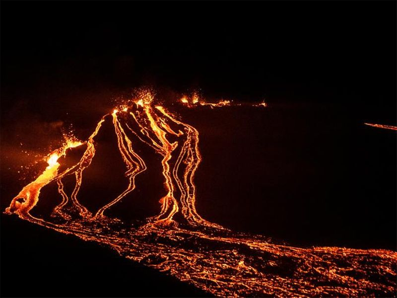 Lava flows from a volcano in Reykjanes Peninsula