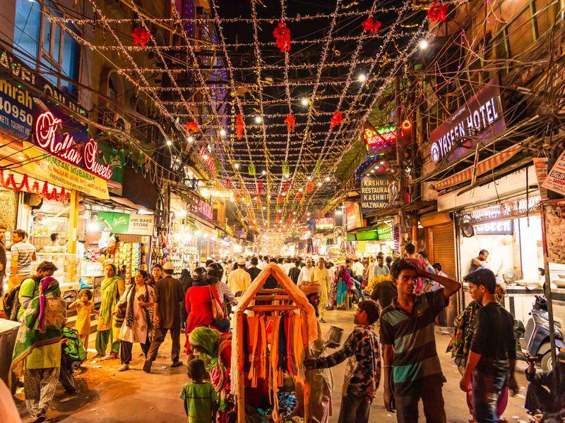 Urdu Bazaar in Old Delhi