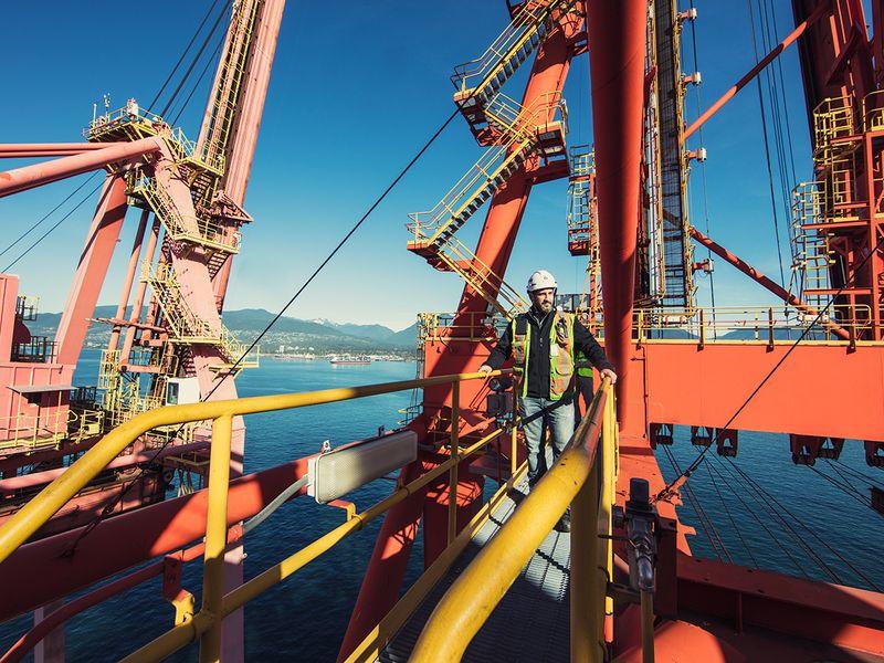 Stock DP WORLD Vancouver port