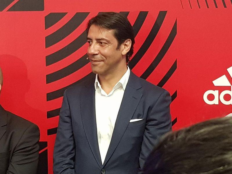 Rui Costa fala no lançamento do Footlab em Dubai