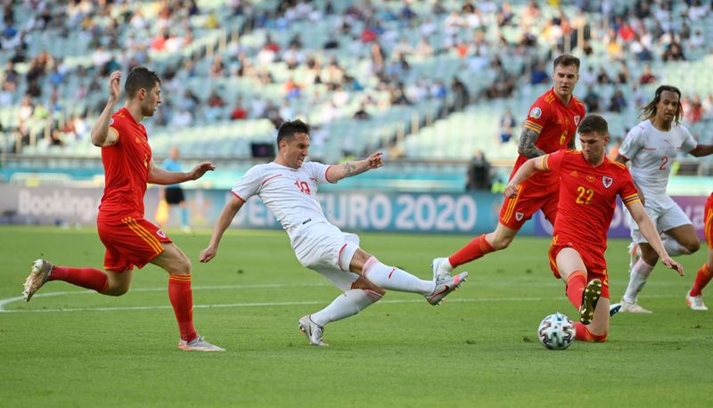 Euro 2020: Moore snatches point for Wales against Switzerland