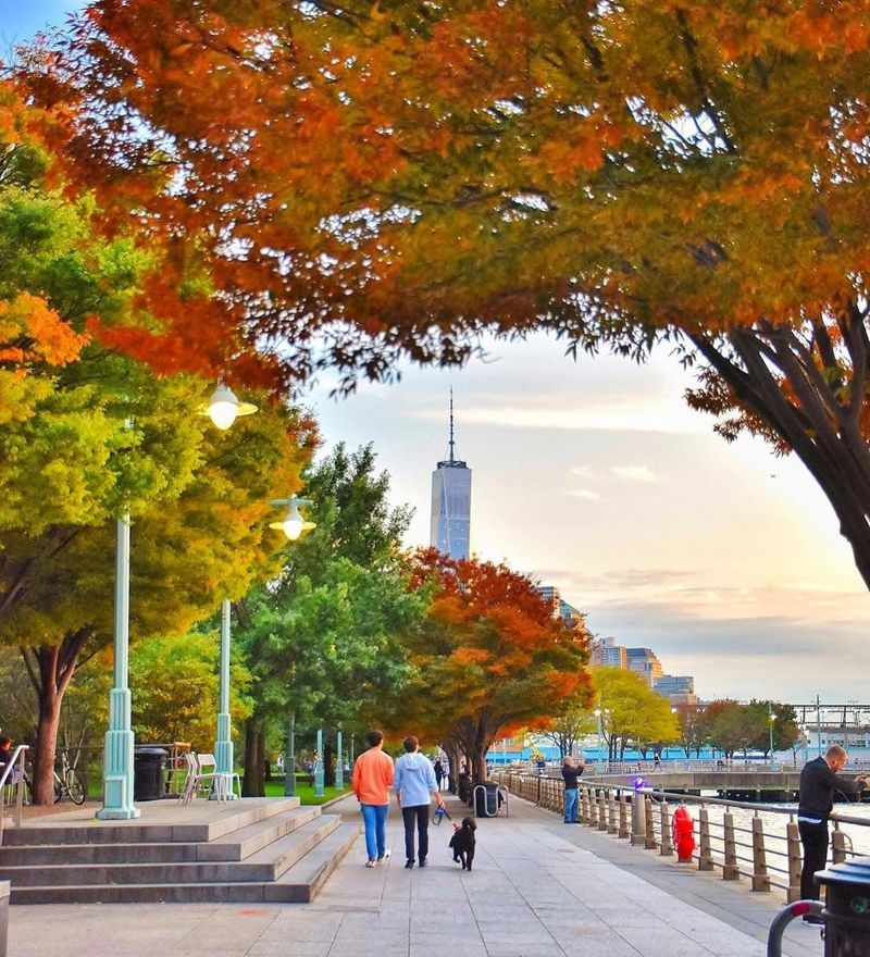 Autumn colors along the Hudson River Park, New york