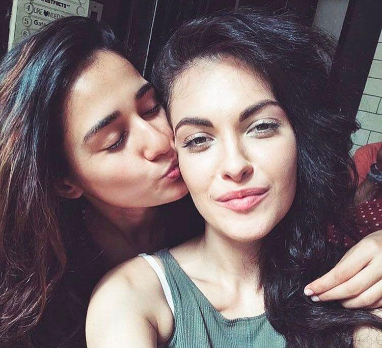 Disha Patani with her sister Khushboo Patani