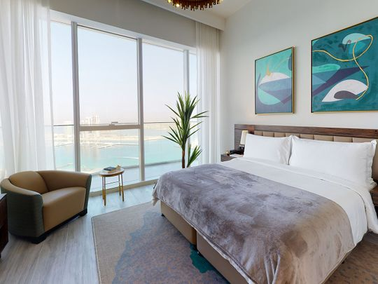 Palm view bedroom