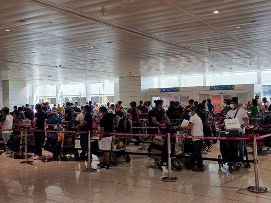 chartered-flight-PR8659-leaving-Dubai-on-Monday_02