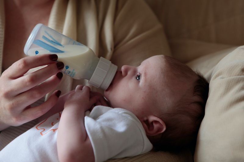 A guide to baby feeding