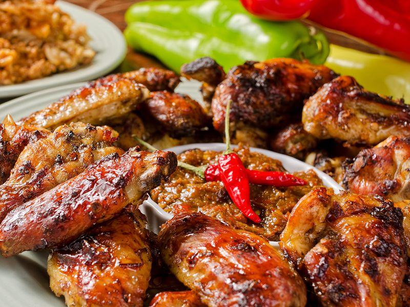 jamaican-cuisine-shutterstock