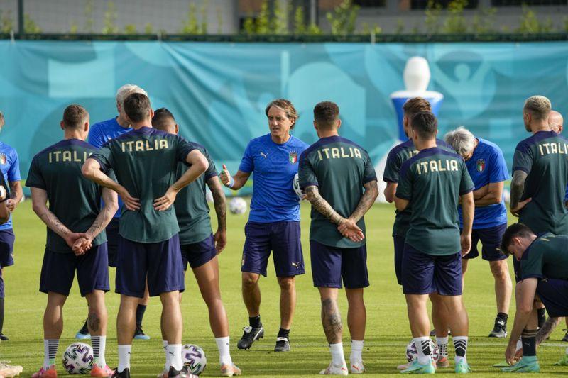 Copy of Italy_Wales_Euro_2020_Soccer_17467.jpg-4430f-1624177913560