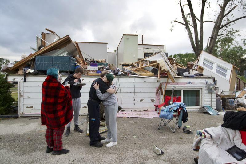 More than 100 homes damaged as tornado sweeps through suburban Chicago