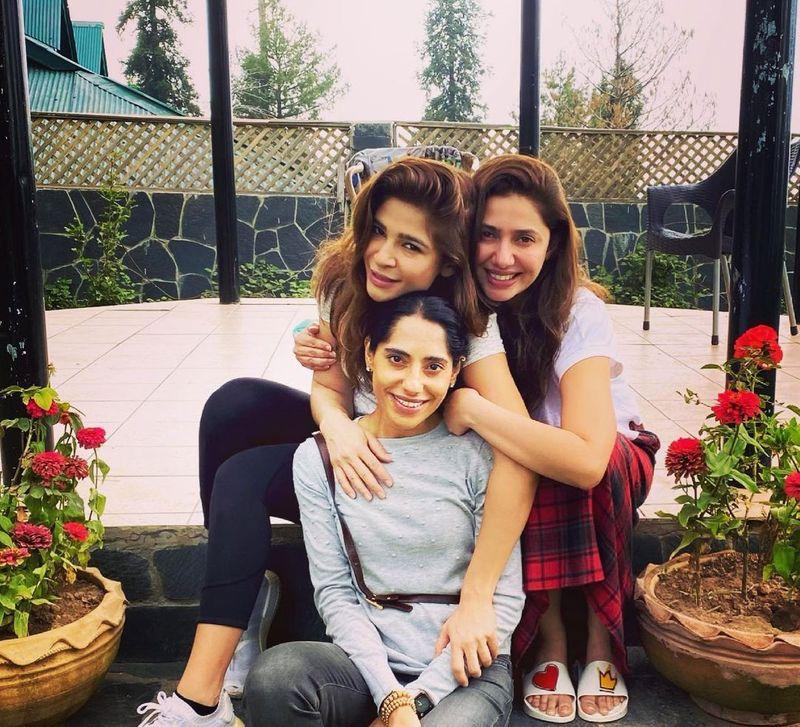 Ayesha Omar, Mahira Khan and a friend