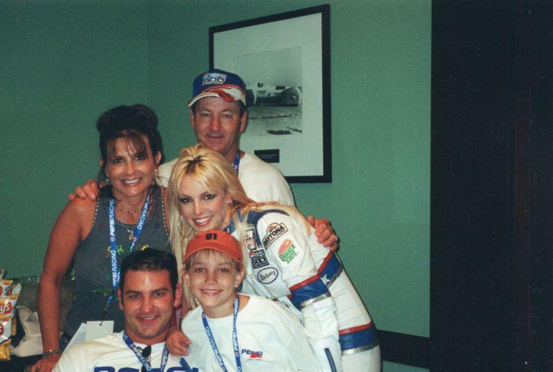 Britney Spears 3-1624432134626