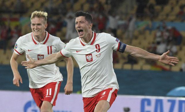 Copy of Spain_Poland_Euro_2020_Soccer_74736.jpg-55d53-1624431719318