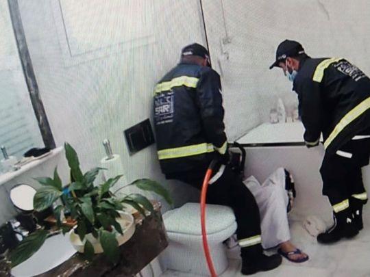 NAT Dubai police rescue girl trapped in bathroom 2-1624514971937