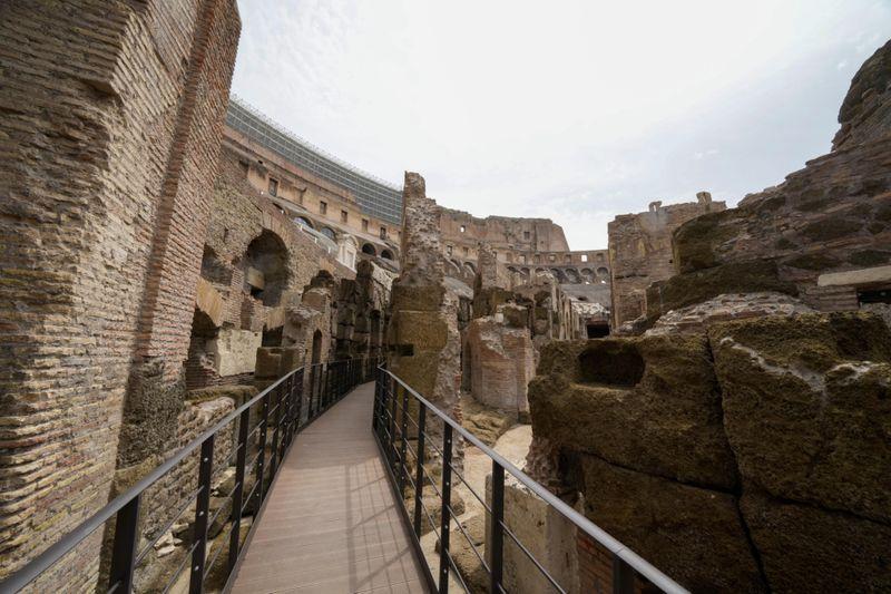 Copy of Italy_Art_Colosseum_Underground_56636.jpg-a7223-1624716768994