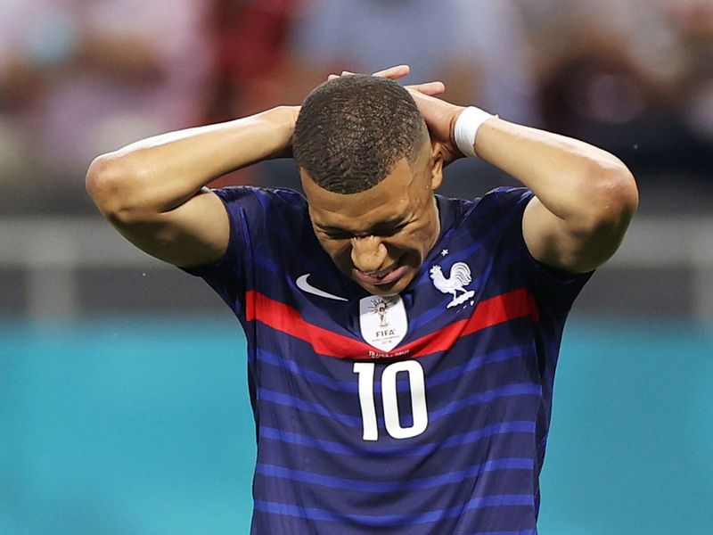 Mbappe missed a crucial penalty for France against Switzerland