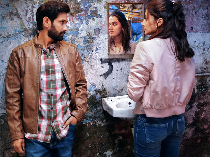 Taapsee Pannu and Vikrant Massey in 'Haseen Dillruba'