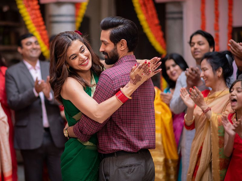 Vikrant Massey and Taapsee Pannu in 'Haseen Dillruba'