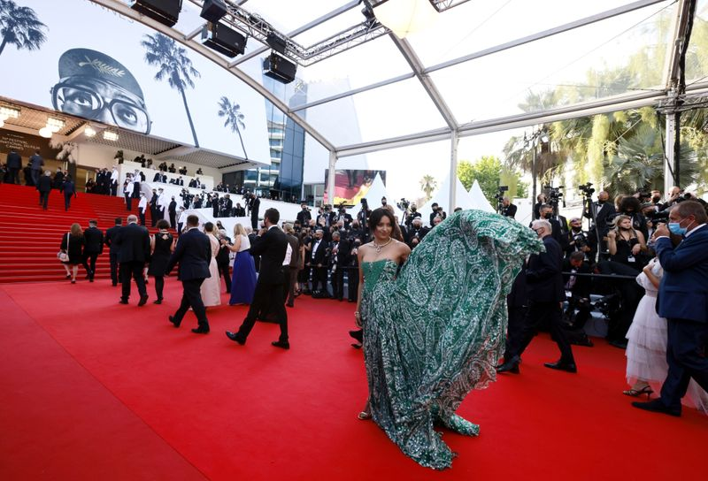 Copy of 2021-07-06T184426Z_1382311026_UP1EH761G1ZNS_RTRMADP_3_FILMFESTIVAL-CANNES-OPENING-RED-CARPET-1625823964771