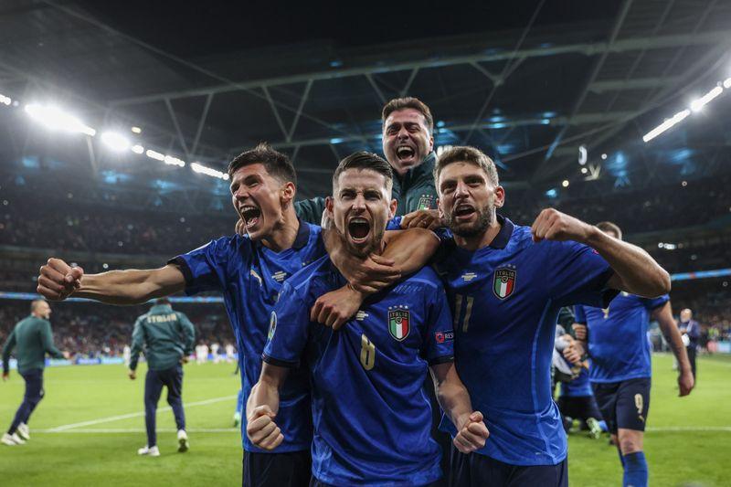 Copy of Britain_Italy_Spain_Euro_2020_Soccer_55614.jpg-20cb8-1625834772580