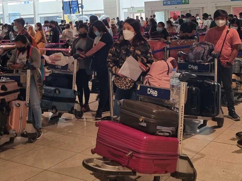 Stranded Filipinos in UAE told to apply for repatriation flights