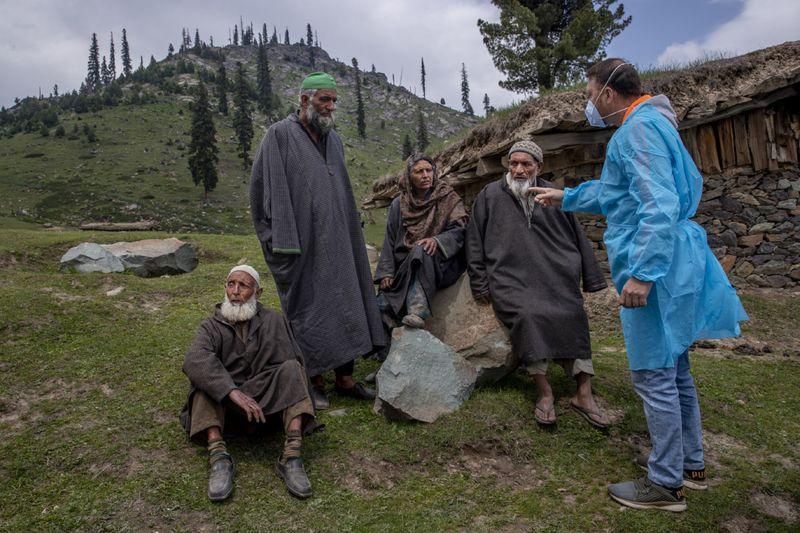 Copy of Virus_Outbreak_Kashmir_Photo_Gallery_41263.jpg-30793-1625919907269