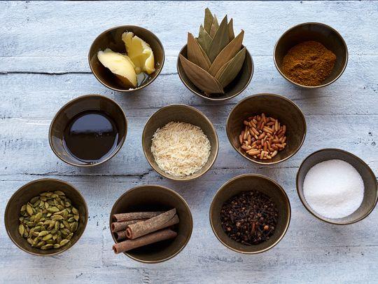Ingredients for Aysh Mohammar Ma Rubyan Mashwi
