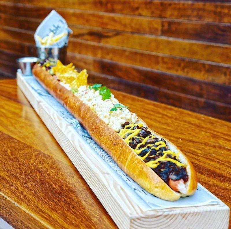 1 meter hot dog UBK