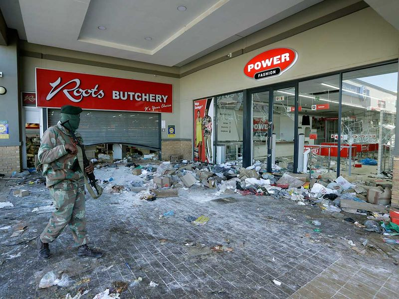 Soweto south africa soldier riot