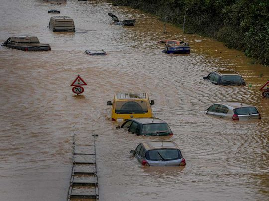 Germany flood cars