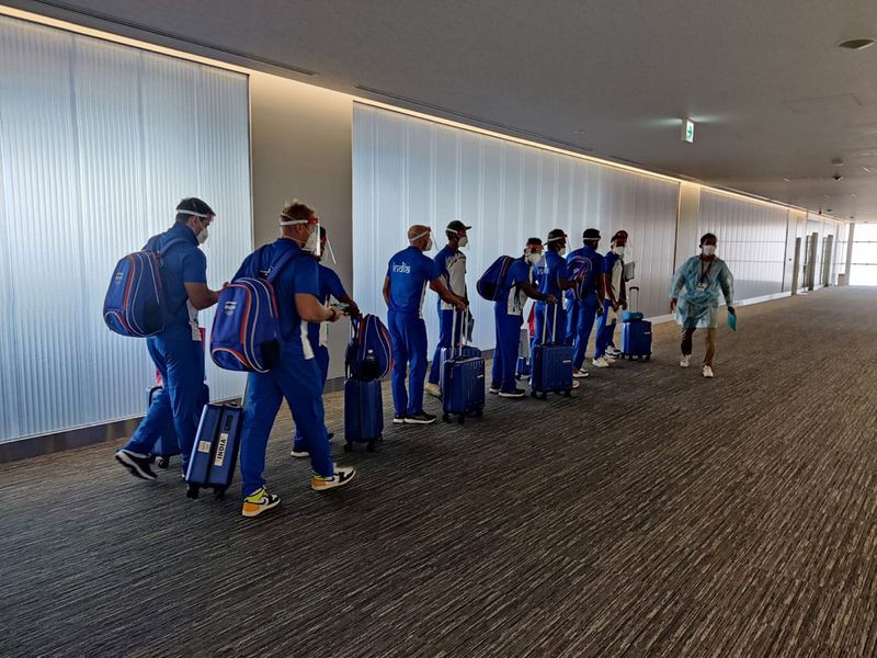 The medal hopefuls arrived on Sunday morning ahead of the challenges on the hockey field