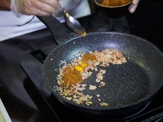 Add bzar spice powder