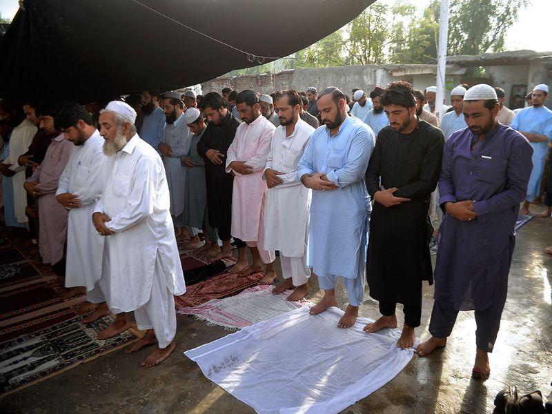 Pakistan_Eid_al-Adha_54358