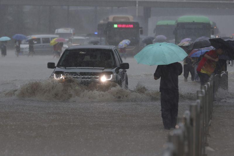 Copy of China_Flooding_40695.jpg-82a12-1626849847788