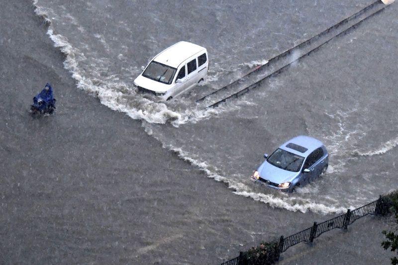 Copy of China_Flooding_80546.jpg-71b20-1626849858643