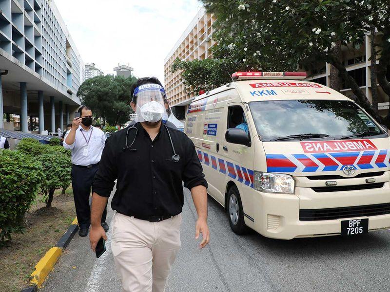 Malaysia doctors vaccine covid