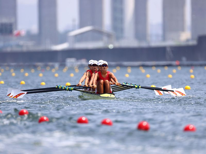 China lead the way in the women's quadruple sculls