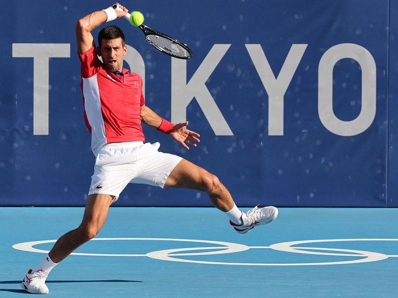Serbia's Novak Djokovic returns the ball to Spain's Alejandro Davidovich Fokina