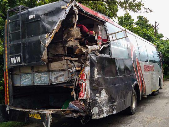bus truck accident uttar pradesh